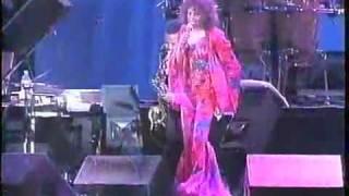 Whitney Houston - Love Medley - Live in Brazil 1994 - Part 5