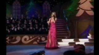 "Mirusia sings ""O Holy Night"""