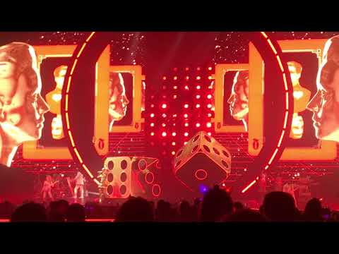 Katy Perry - Witness/Roulette (Witness: The Tour Vancouver 02/05/2018)