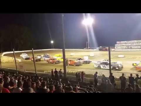 Wrestling Supremacy - Stock Car Racing