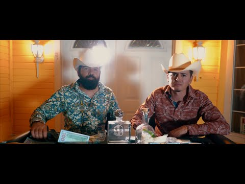 Rico - Alan y Roberto El Bule De Agua Video Oficial