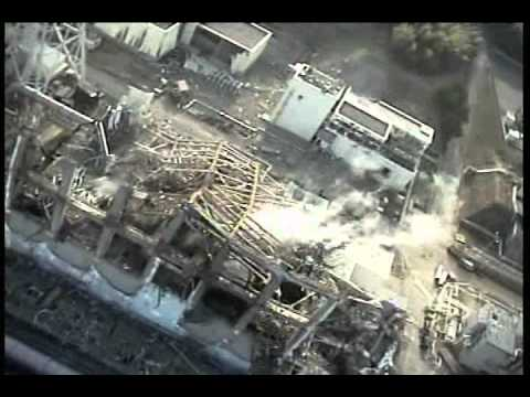 building of Unit3-4 at Fukushima Daiichi Nuclear Power Station by remote-controlled mini helicopter