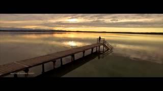 "epic drone footage - ""sunset mood"" महाकाव्य ड्रोन फुटेज"