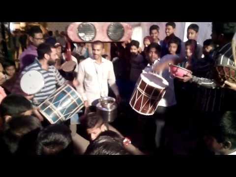 Marfa javeed faisal 9346685702 khaja ki diwani ya 5 bindya sitare lal lal hontonpe  fevicol enjoy a