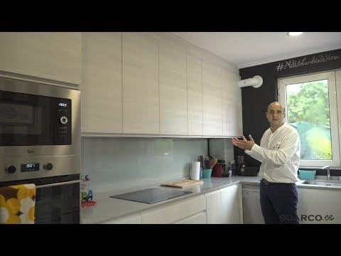 Cocinas blancas y madera sin tiradores con encimera de - Muebles de cocina en forma de l ...
