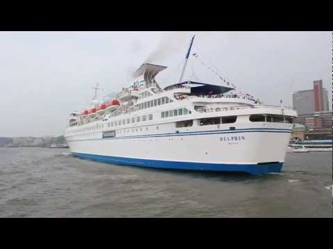 MS Delphin Cruise Ship in Hamburg HD