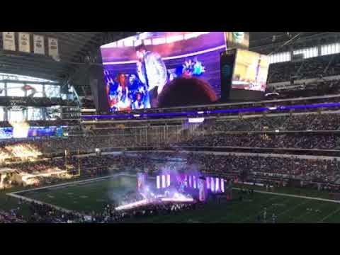 Thomas Rhett | Dallas Cowboys Thanksgiving Halftime Show 2017