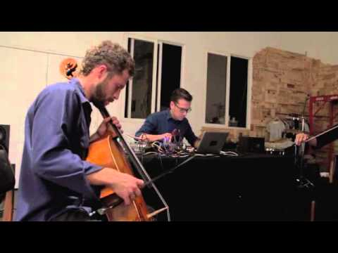 Kor Trio Live @ LeQuiVive Gallery, Oakland, CA. / October 17, 2014