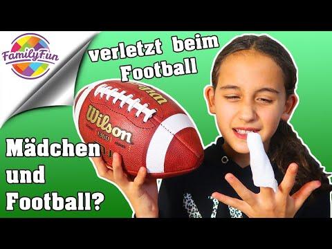 VERLETZT beim FOOTBALL  😢- der FALSCHE SPORT für MÄDCHEN? | Family Fun