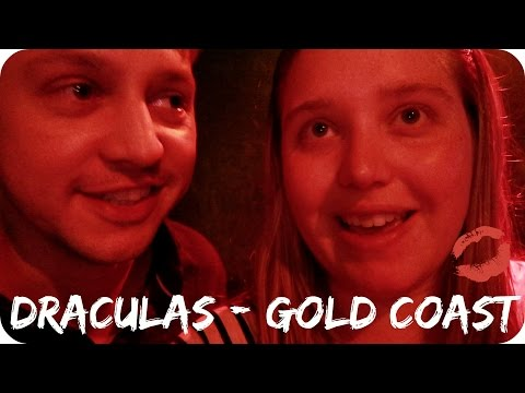 Going to Dracula's Cabaret Show (Australia - Day 6) || JessChillinAbout
