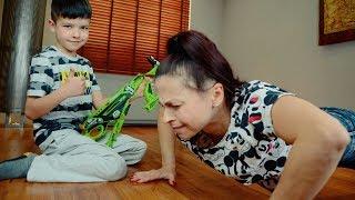 ЧЕЛЛЕНДЖ с мамой на отжимания