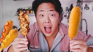 КОРН-ДОГ ПО-КОРЕЙСКИ! Сосиска в тесте. Уличная еда Южной Кореи