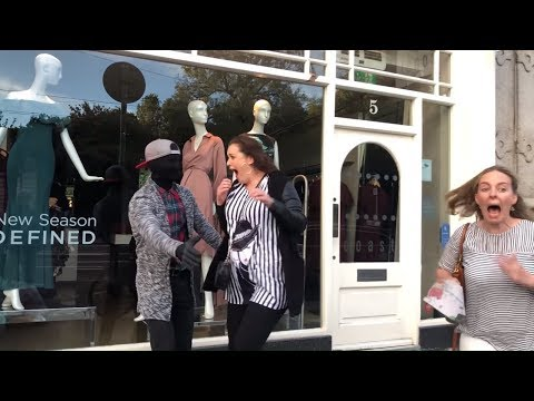 Amazing Scares from people 😆😍😍 MANNEQUIN PRANK