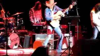 Dwight Yoakam - Little Sister; Biloxi