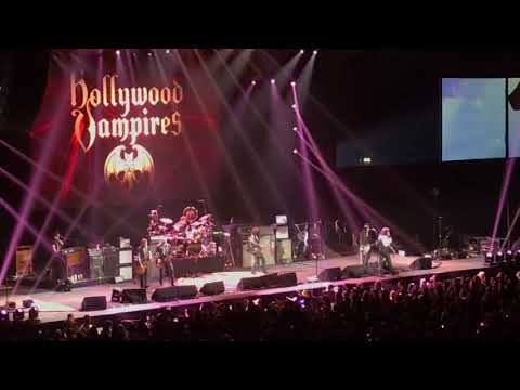 I Got a Line On You (Spirit cover) - The Hollywood Vampires @ Manchester Arena (17th June 2018)