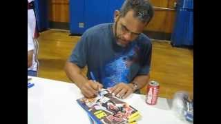 Benito Santiago signs autographs for The SI KING 6-29-13