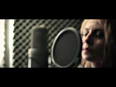Anca Caus- Nebun de alb (cover)