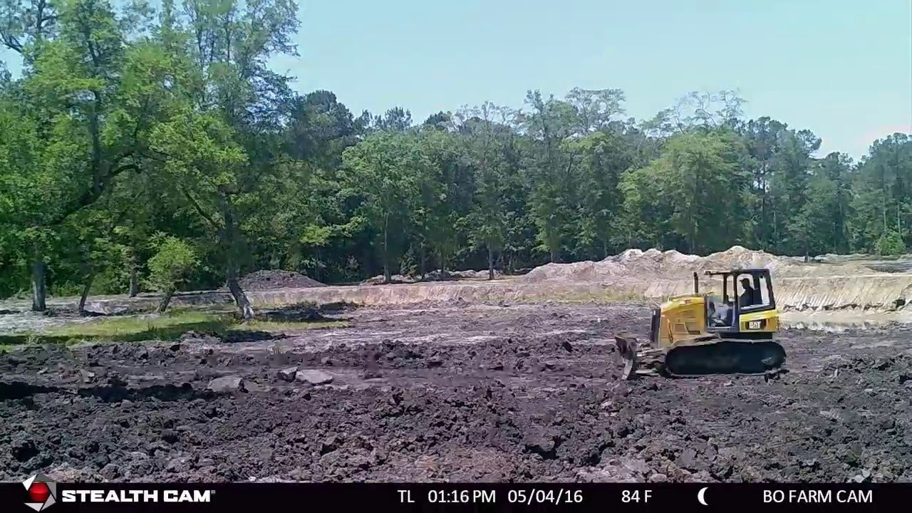 1 acre farm pond dig time lapse youtube for 1 acre pond design