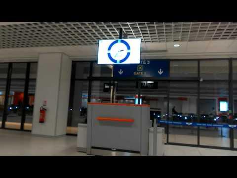 OYO EZA KATI YA AEROPORT DE KINSHASA