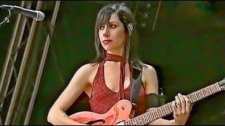 PJ Harvey - Rid Of Me - Live 2001 HD