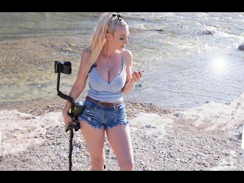 Diggin Britt - YouTube Gaming
