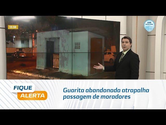 Guarita abandonada atrapalha passagem de moradores em área verde do José Tenório