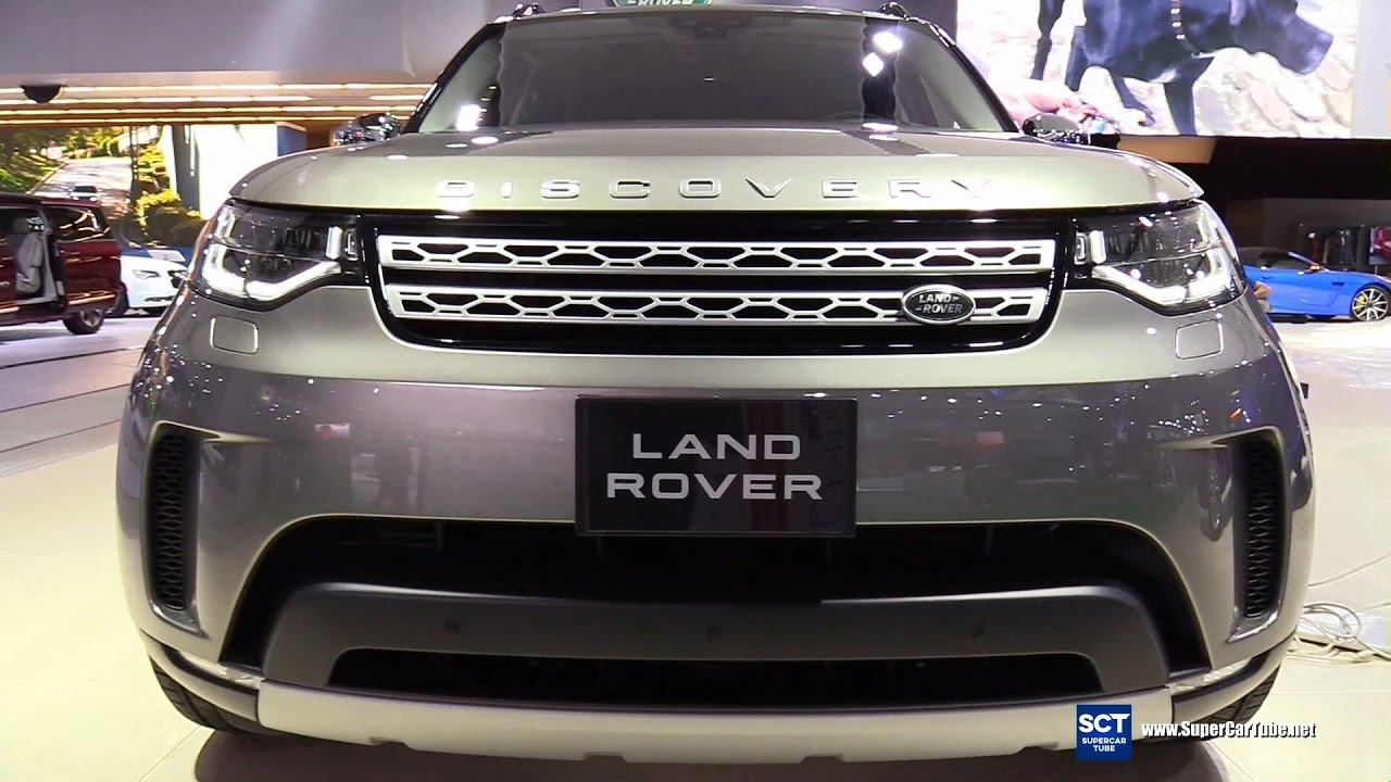 2017 land rover discovery hse si6 exterior and interior walkaround 2017 montreal auto show for Land rover discovery 2017 interior