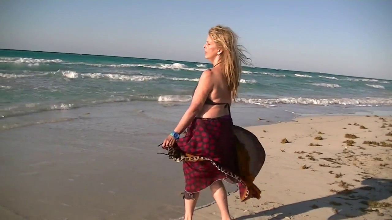 LyLy GreenLuv (featuring 311) - My way back to you (Official Video)pop music