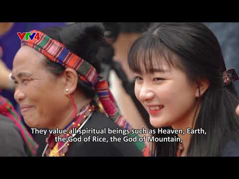 Colours of ethnic cultures: The traditional ethnic rituals