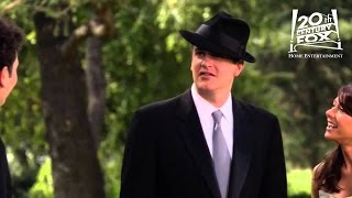 How I Met Your Mother - Marshall's Wedding Suit and Fedora | FOX Home Entertainment