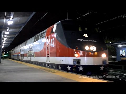 Amtrak Viewliner II Baggage Cars with Heritage Units - Metuchen Station