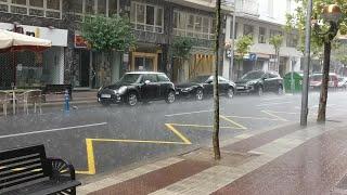 La tormenta viene acompañada de granizo en Logroño