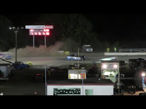 Volusia Speedway Park | Last Lap |  Limited Late Models Crash
