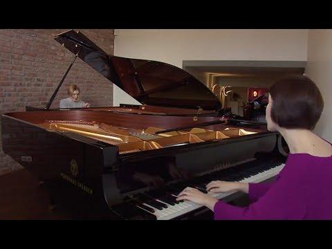 Klassik-Duo: Pianistinnen Daria und Linda veröffentlichen erstes Album