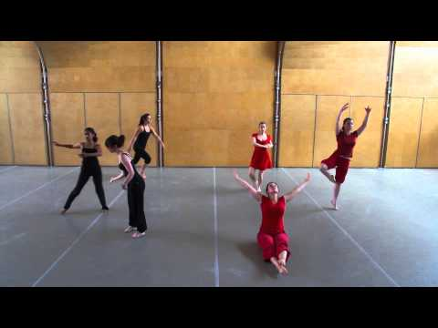 Dancing statistics: explaining the statistical concept of correlation through dance