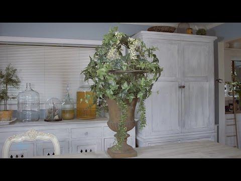 Floristry Tutorial | Ivy & White Roses Urn Design