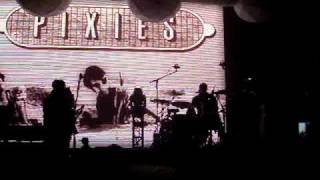 Pixies Intro - Un chien andalou / Dancing The Manta Ray 11.04.09