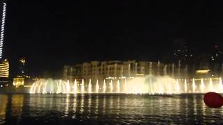 AMAZING!!! The Dubai Mall Dancing Fountain---