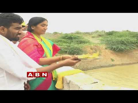 People thanking Minister Devineni Uma over Water Projects | Inside