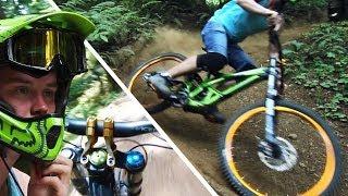 Downhill Mountain Biking - Specialized Demo 8 - Flowy Freeride