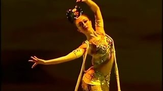 Beautiful Chinese Classical Dance【8】《飛天-敦煌舞》趙喬 480p
