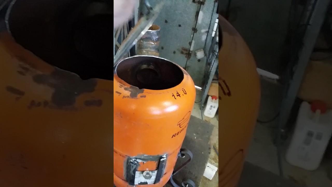 Estufa de le a casera con una bombona de butano youtube for Estufas de lena caseras