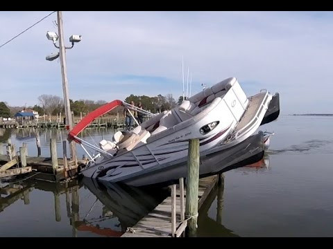 How not to Park your Pontoon Boat ! -Redneck Style-