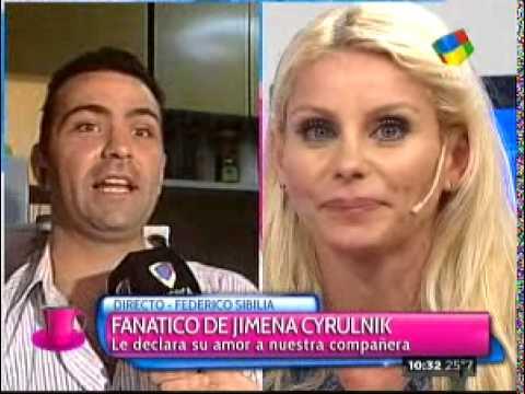 """El fanático de Jimena Cyrulnik le declaró su amor a la panelista en """"Desayuno Americano"""""""