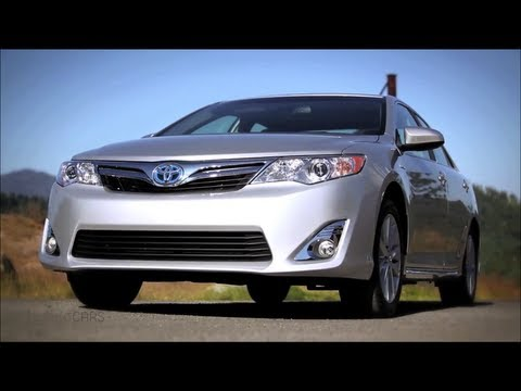2012 Toyota Camry Hybrid Review