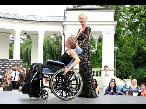Atipic Beauty 2016 - Fashion Show With Beautiful Girls Immobilized In Wheelchairs - Cluj-Napoca