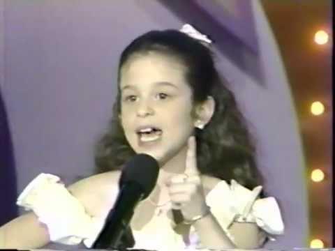 Rare Ana CRISTINA video at Age 7 singing