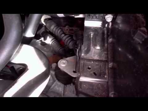 How To Adjust Clutch On Peugeot 107 Aygo Youtube