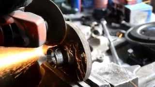 замена ступичного подшипника Пежо 308  Replacing wheel bearing Peugeot 308