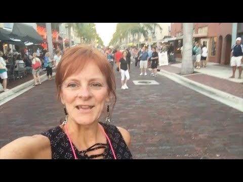 FORT MYERS FLORIDA-THIRD FRIDAY MUSIC WALK-RIVER DISTRICT-EP15